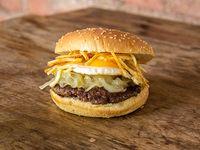 Combo - Burger a lo pobre + papas fritas + gaseosa en lata 350 ml