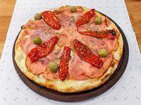 Pizza con jamón morrones