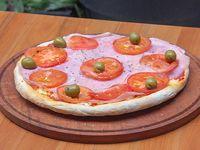 Pizza napolitana con jamón