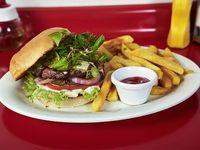 Hamburguesa tom sawyer con papas fritas