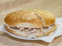 Sándwich de ave con mayonesa