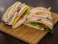Sándwich de pollo completo