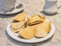 Galletitas de queso y albahaca
