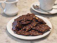Crocante de chocolate con castañas