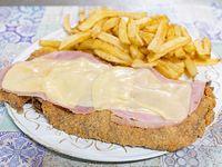 Milanesa con jamón y queso