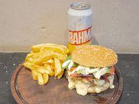Combo 3 - Hamburguesa Manhattan Summer + papas fritas + Lata de Brahama 473 ml
