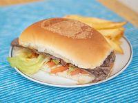 Combo 3 - Sándwich de res + papas fritas