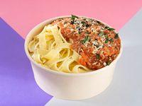 Bowl de Pasta con Salsa Boloñesa