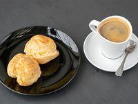 2 Pan de queso + café gourmet americano o expresso
