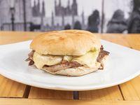 Sándwich de churrasco barros luco