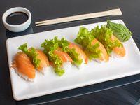 Niguiris de salmón (6 unidades)