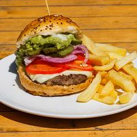 Burger belfast Burgerbar con papas fritas