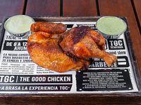 1/2 pollo + 2 salsas familiares sin guarnición