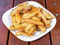 Skin on fries (papa frita)