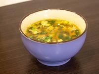 Sopa de choclo con pollo