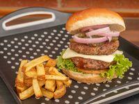 Doble Burger Con Papas + coca 400 ml