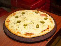 07 - Pizza tradicional con jamón