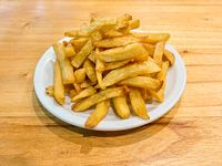 Porción de papas fritas grandes