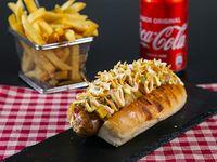 Hot dog jumbo +acompañamiento de su elección + bebida