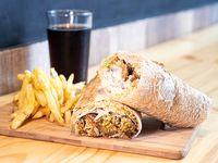 Combo 5 - Sándwich de falafel grande + papas fritas