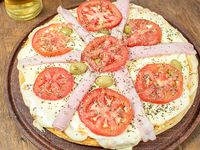 Pizza al molde grande napolitana