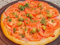 Pizza napolitana con jamón chica