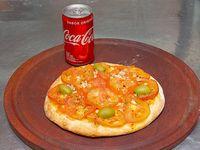 Promo - Pizza de napolitana individual (4 porciones)  + mini gaseosa