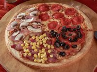 Pizza familiar 4 estaciones