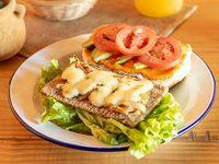 Sándwich de milanesa de soja