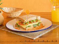 Sándwich súper vegetariano