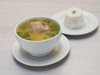 Sopa de Pollo Pequeña