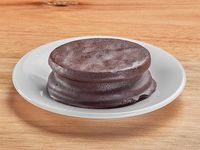 Alfajor de dulce de leche bañado en chocolate