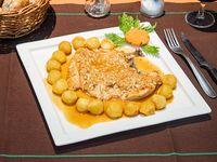 Pollo a la provenzal con papas noisette