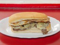 Sándwich de lomito por Gustavo