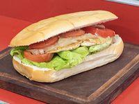 Sándwich de pechuga clásica