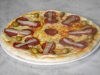 Pizza con calabresa