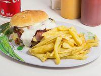 Combo - Sándwich maximo + papas fritas naturales + bebida 350 ml