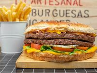 Hamburguesa gigante doble carne mixta (4 a 5 personas)