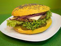 Sándwich vegano americano con queso tradicional