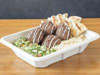 Combo platter falafel