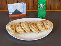 Promo 6 - 6 empanadas + gaseosa línea Pepsi 500 ml