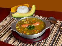 Sopa de Lentejas con Carne y Chorizo