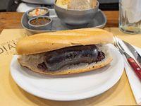 Sándwich de morcilla