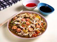 Chop Suey con Camarón y Pollo