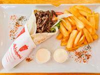 Combo 1 - 1 shawarma o falafel + porción de papas fritas + gaseosa 330 ml