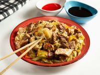 Chow Mein con Roask Pork