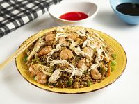 Chow Fan con Camaron y Pollo