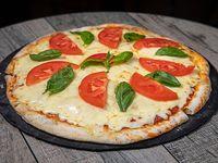 Pizzeta Caprese 32 cm