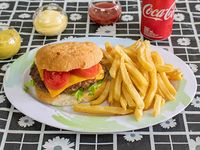 Hamburguesa antojitos + papas fritas + Coca Cola 222 ml