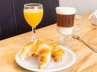 Café + 2 medialunas + jugo